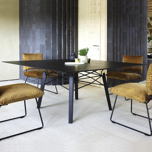 Table design carrée en bois massif noir - Gravity Mobitec® - 1