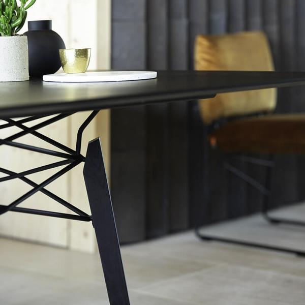 Table design carrée en bois massif noir - Gravity Mobitec® - 2