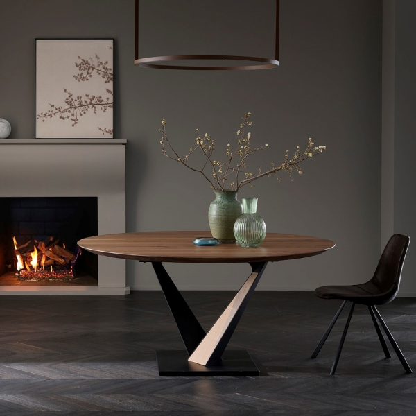 Table ronde design style industriel avec pied central en V - Toledo West - 1