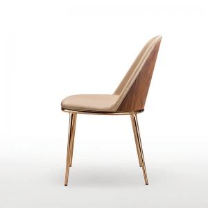 Chaise design italienne avec dos du dossier en bois - Léa Midj®