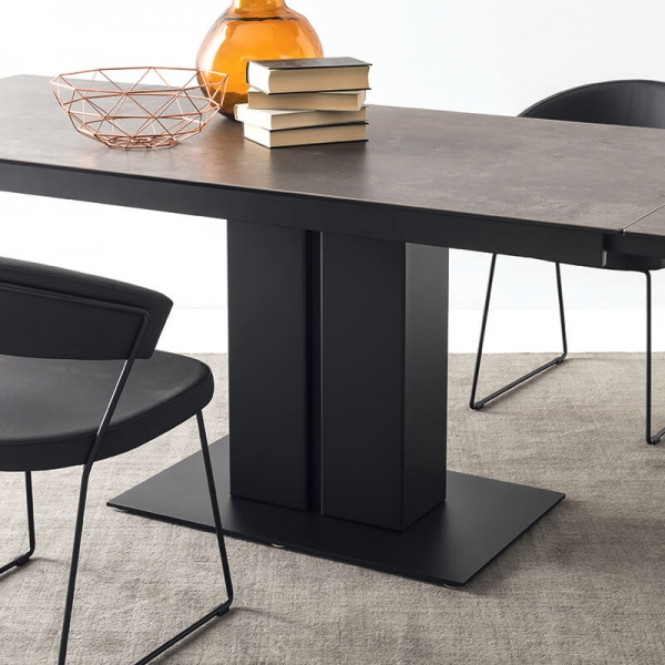 Table en céramique avec allonges avec pied central en métal - Pegaso Connubia® - 3