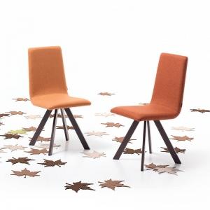 Chaise rembourrée tissu orange et pieds métal noir - Vulcano Mobliberica