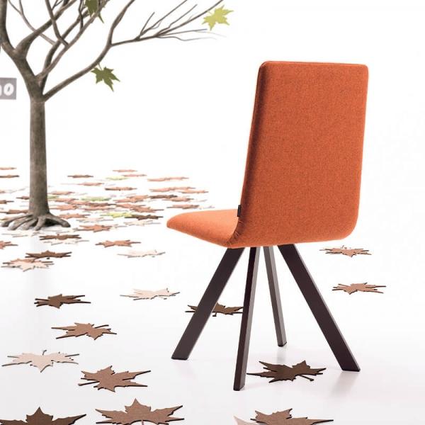 Chaise confortable en tissu orange et pieds métal noir - Vulcano Mobliberica - 3