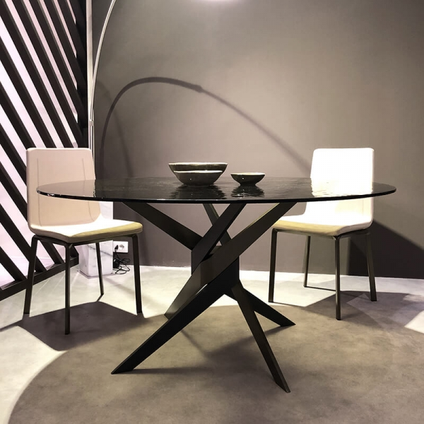 Table ronde en verre design italien pied central - Vertigo - 1