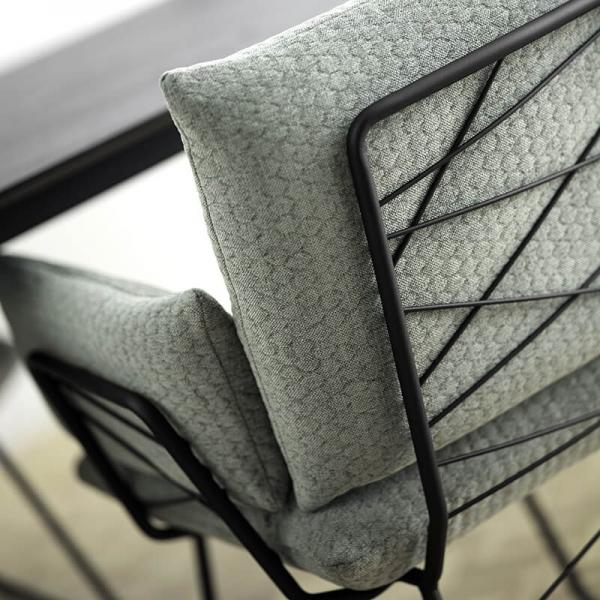 Fauteuil design confortable assise en tissu vert et pieds en métal noir - Cosy Mobitec® - 10