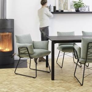 Fauteuil design en tissu vert et pieds en métal noir - Cosy Mobitec®