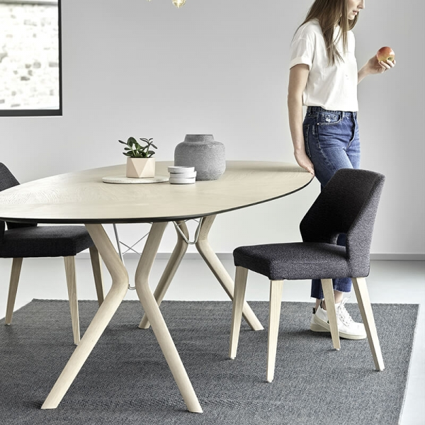 Chaise ajourée en tissu et pieds bois style moderne - Lena Mobitec® - 13