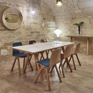 Table de designer en céramique et bois de fabrication française - Chevron