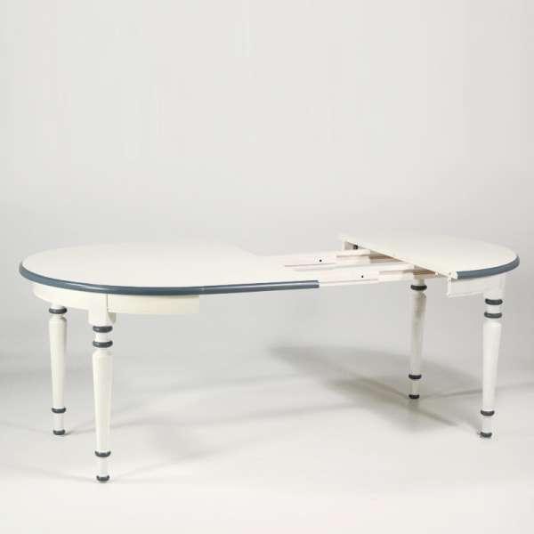 Table ronde fabrication française extensible style provençal en chêne massif - 4 Pieds - 9