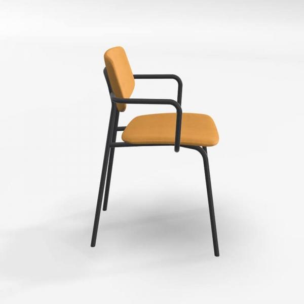 Chaise avec accoudoirs style vintage et revêtement en tissu jaune doré - Lago - 2
