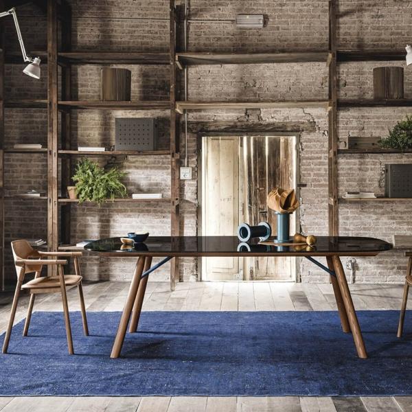 Table design italien rectangulaire en verre pieds bois - Suite Midj® - 2