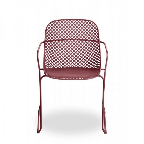Chaise empilable rouge avec accoudoirs et pieds traîneau - Ramatuelle Grosfillex - 26