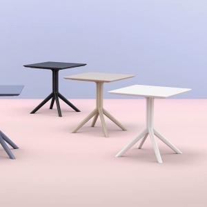 Petite table carrée en résine - Sky