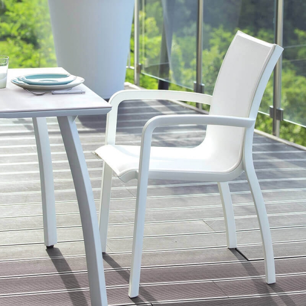 Fauteuil de jardin blanc empilable en toile made in France - Sunset Grosfillex - 1