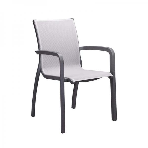 Fauteuil en textilène gris et structure noire empilable - Sunset Grosfillex - 13