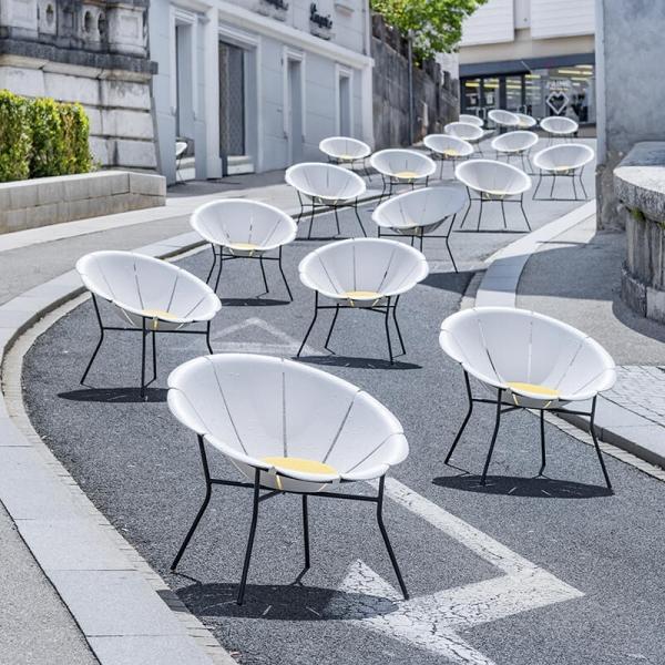 Fauteuil de jardin vintage blanc made in France - Yéyé Grosfillex - 9