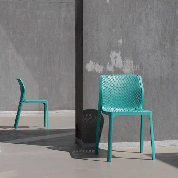Chaise de jardin moderne en polypropylène vert salice - Bit - 1