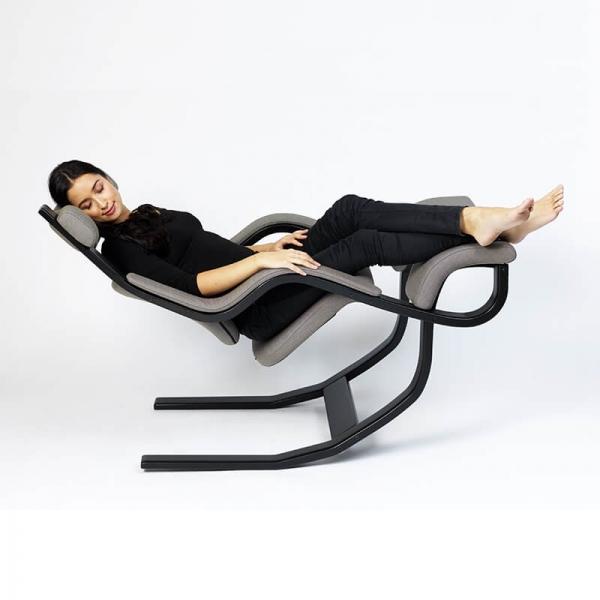 Fauteuil inclinable avec repose pieds ergonomique en tissu gris - Gravity Varier® - 15