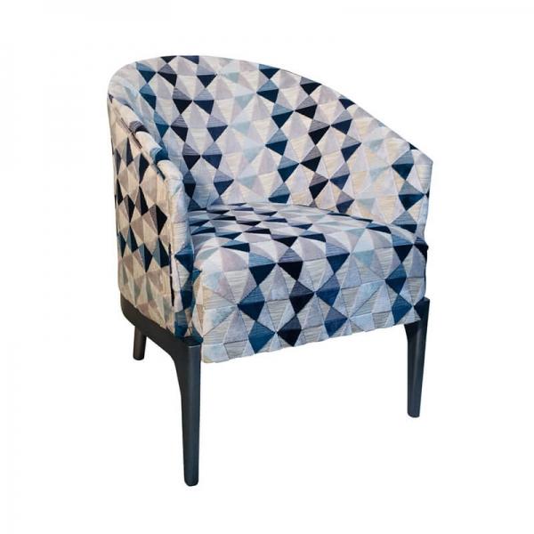 Fauteuil tonneau à motifs bleus structure en bois - Victor - 1