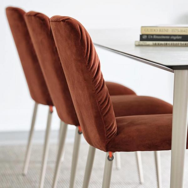 Chaise cocooning en tissu et pieds bois - Aura Mobitec® - 7
