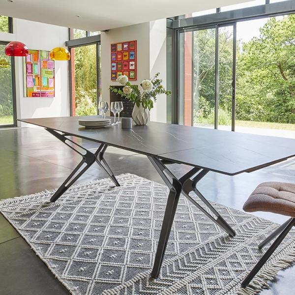 Table à manger en céramique extensible avec pieds en X - 3