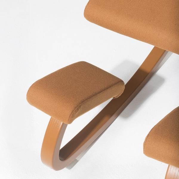 Chaise de bureau ergonomique à bascule en tissu - Variable Monochrome Varier® - 13