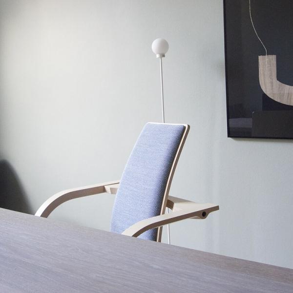 Chaise à bascule de bureau ergonomique bleue - Actulum Varier® - 11