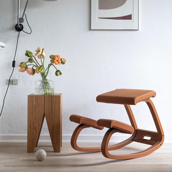 Chaise de bureau ergonomique à bascule en tissu - Variable Monochrome Varier® - 1