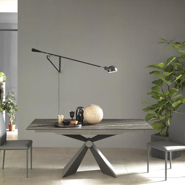 Table tendance italienne extensible en céramique noire marbrée - Sintesi - 2