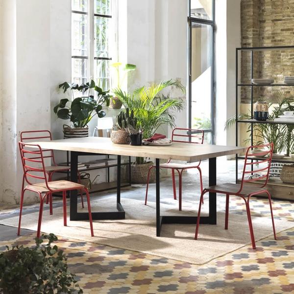 Chaise en métal rouge vintage assise bois - Nantes - 2