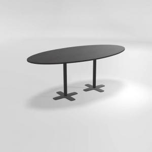 Table hauteur 90 cm ovale en stratifié avec deux pieds