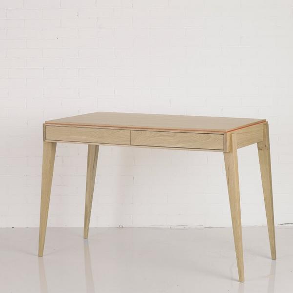 Bureau classique en bois avec tiroirs - 3