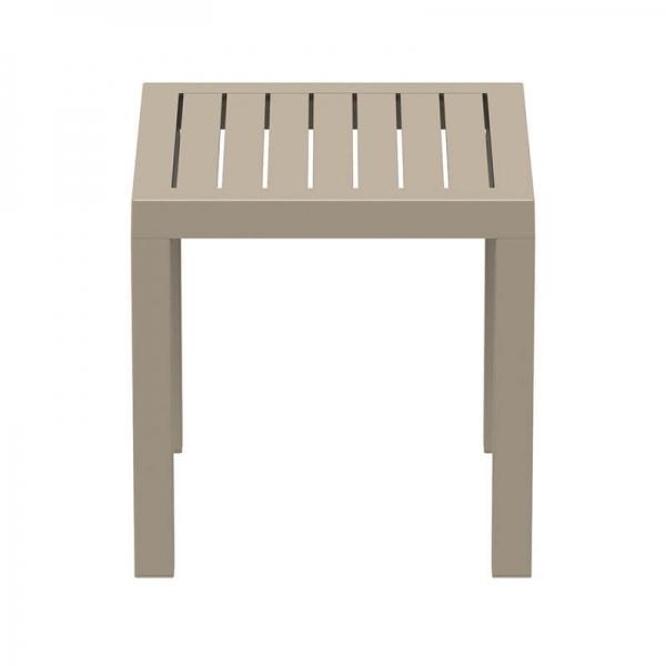 Table en plastique carrée pour terrasse - 20