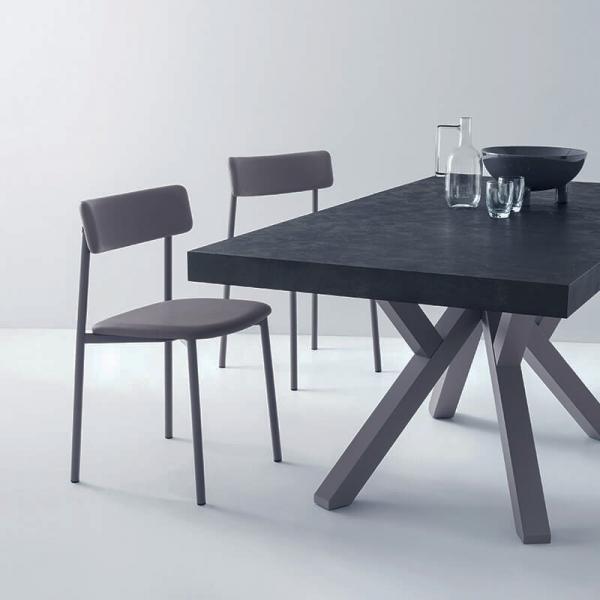 chaise rembourrée grise et pieds métal  - 28